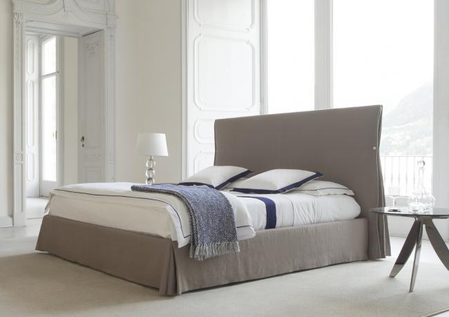 двуспальная кровать дизайна сорбонна Berto Salotti